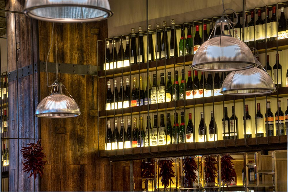 Dise o y decoraci n restaurante bilbao berria da2 - Botelleros de diseno ...