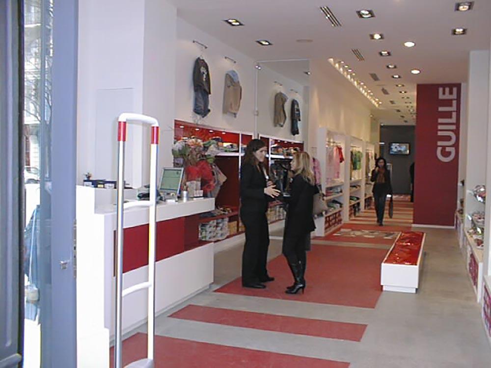 Diseño y decoración Zapatería Guille