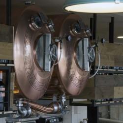 Vista barra Barriles cerveza restaurante BOVINO GIJON Da2 Arquitectura
