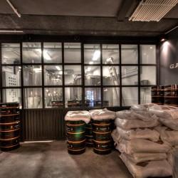 Diseño-y-decoracion-fabrica-cerveza-Garage-FACRICA-05