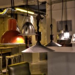 Diseño-y-decoracion-fabrica-cerveza-Garage-LAMPARAS-04