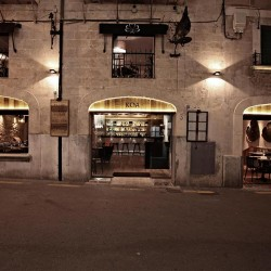 Diseño-y-decoracion-restaurante-KOA-fachada