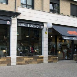 vista general exterior restaurante Bovino Gijón