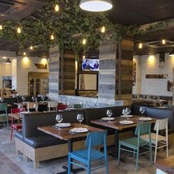 Vista general patia parras 05 restaurante BOVINO GIJON Da2 Arquitectura