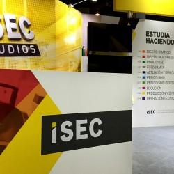 Stand-ISEC_Mobiliario_Estudio-de-TV_Carreras
