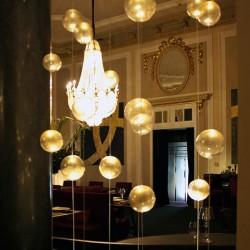 diseño-interior-y-decoracion-restarante-caelis-bolas