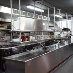 diseño-interior-y-decoracion-restaurante-Kauai-cocina