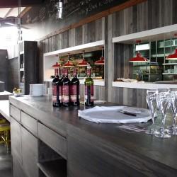 diseño-interior-y-decoracion-restaurante-Kauai-detalle-geridon