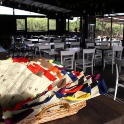 diseño-interior-y-decoracion-restaurante-Kauai-salon02