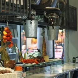 diseño-interior-y-decoracion-restaurante-casa-guinart-barra