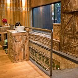 diseño-interior-y-decoracion-restaurante-los-soprano-ESCALERA