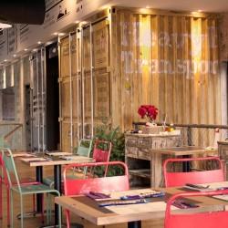 diseño-interior-y-decoracion-restaurante-los-soprano-containers-cerca