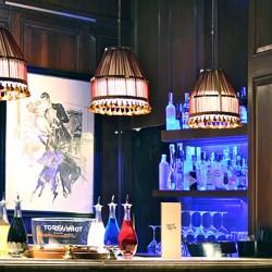 diseño-y-decoracion-bar-rien-de-rien-lamparas