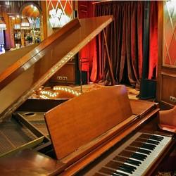 diseño-y-decoracion-bar-rien-de-rien-piano