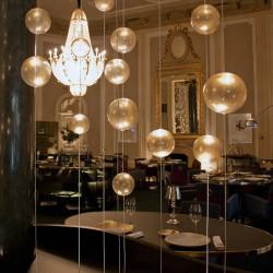 diseño-y-decoracion-restaurante-Caelis-detalle-bolas
