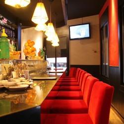 diseño-y-decoracion-restaurante-cafe-turo-taburete-barra
