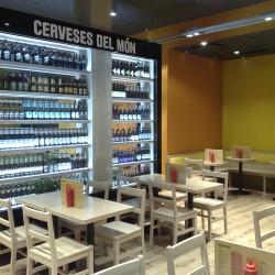 diseño-y-decoracion-restaurante-maximilian-detalle-botellas
