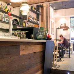 diseño-y-decoracion-restaurante-raco-del-aguier-BARRA