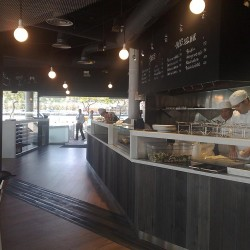 diseño-y-decoracion-restaurante-tapa-tapa-barra