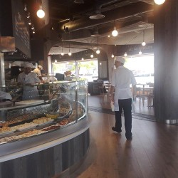 diseño-y-decoracion-restaurante-tapa-tapa-curva-barra