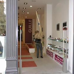 diseño-y-decoracion-tienda-guille-desde-acceso