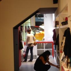 diseño-y-decoracion-tienda-guille-escalera