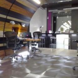 diseño-y-decoracion-tienda-leds-atencion-cliente