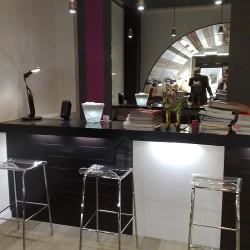 diseño-y-decoracion-tienda-leds-barra