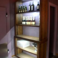 diseño-y-decoracion-tienda-ostreria-estanteria-02