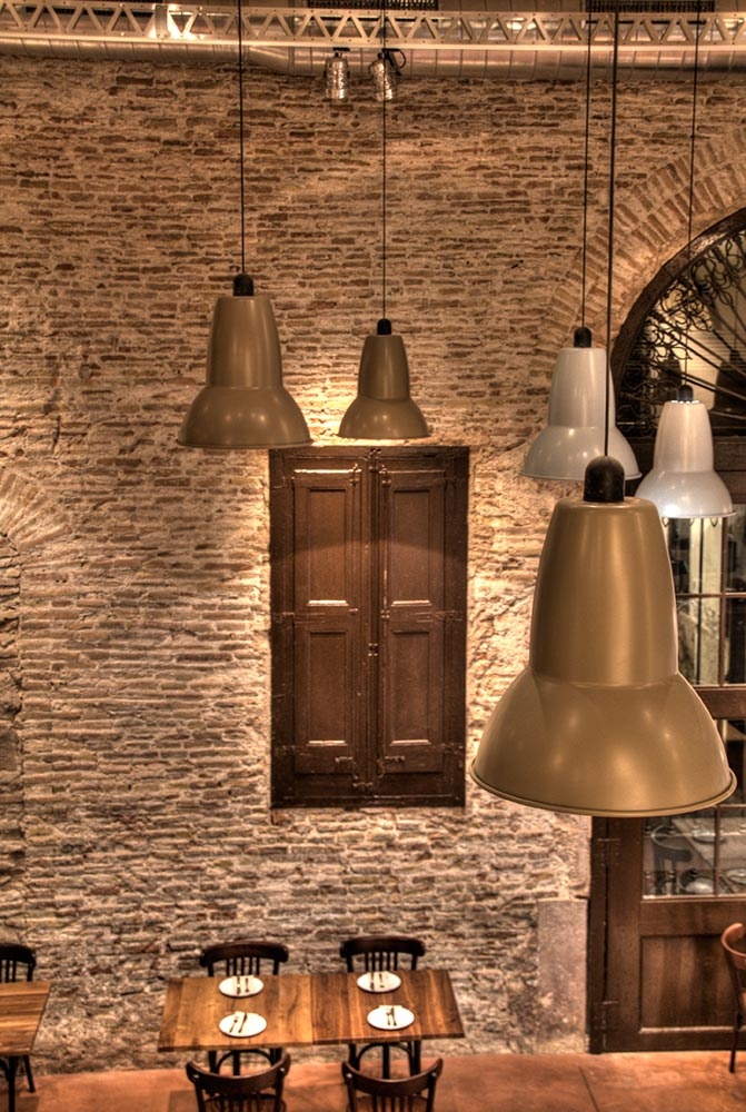 Dise o y decoraci n bodega la puntual da2 arquitectura interiorismo y arquitectura - Lamparas de bodega ...