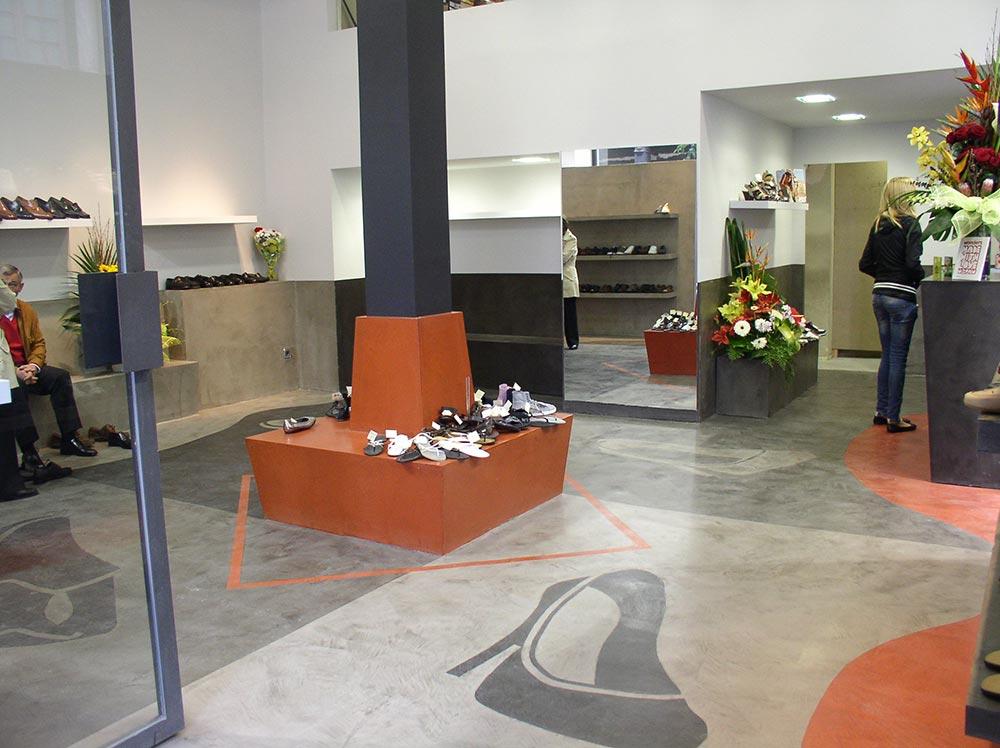 Diseño y decoración Zapatería Grama