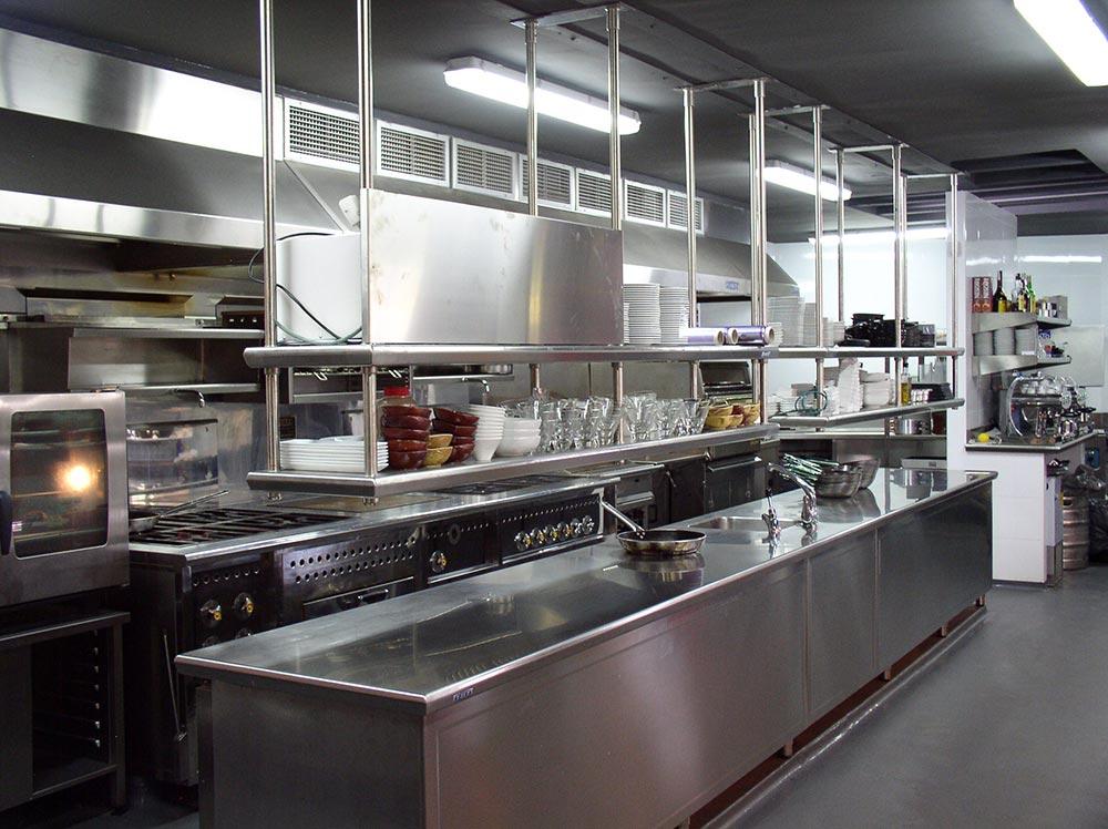 Dise o y decoraci n restaurante kauai da2 arquitectura for Proyecto cocina restaurante