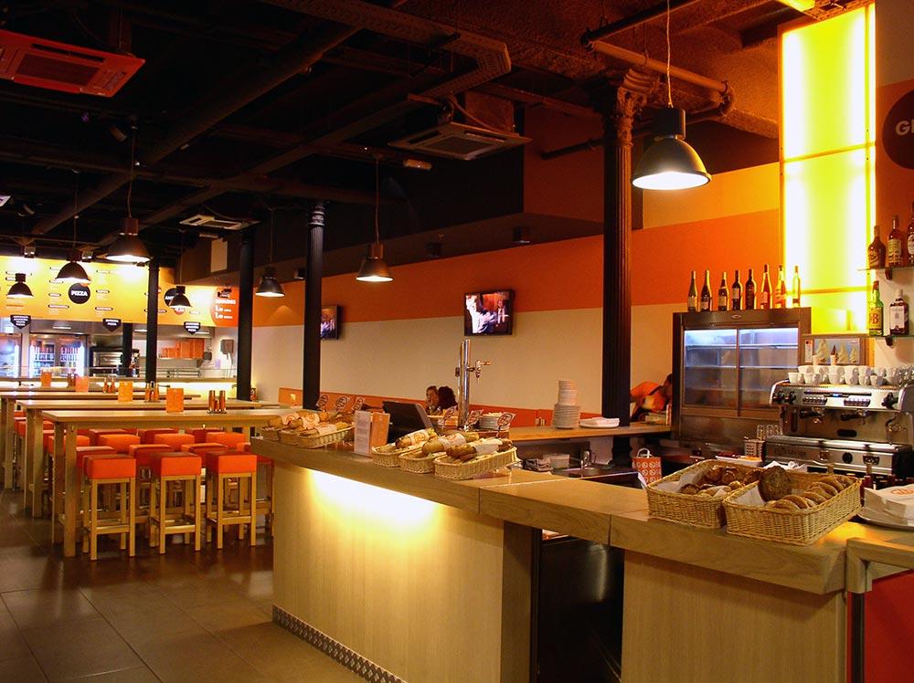 Dise o y decoraci n restaurante bo da2 arquitectura for Muebles para cafeteria precios