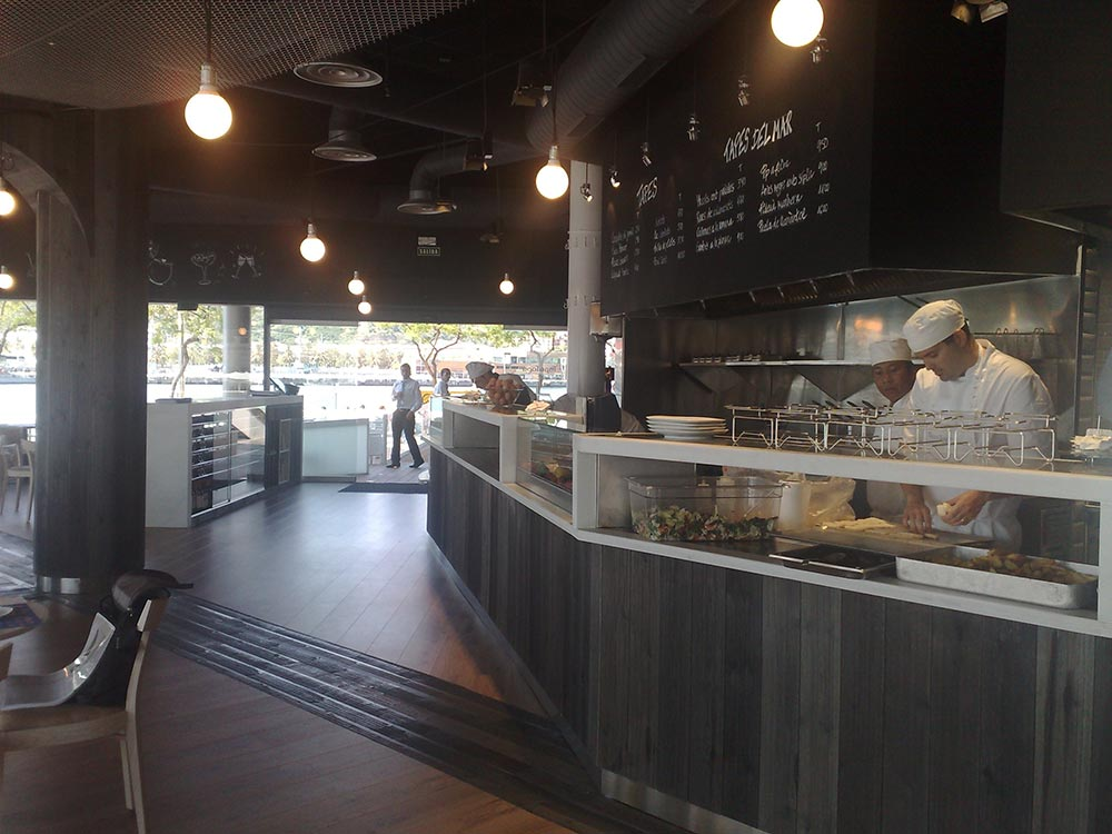 Dise o y decoraci n restaurante tapa tapa da2 for Diseno restaurante