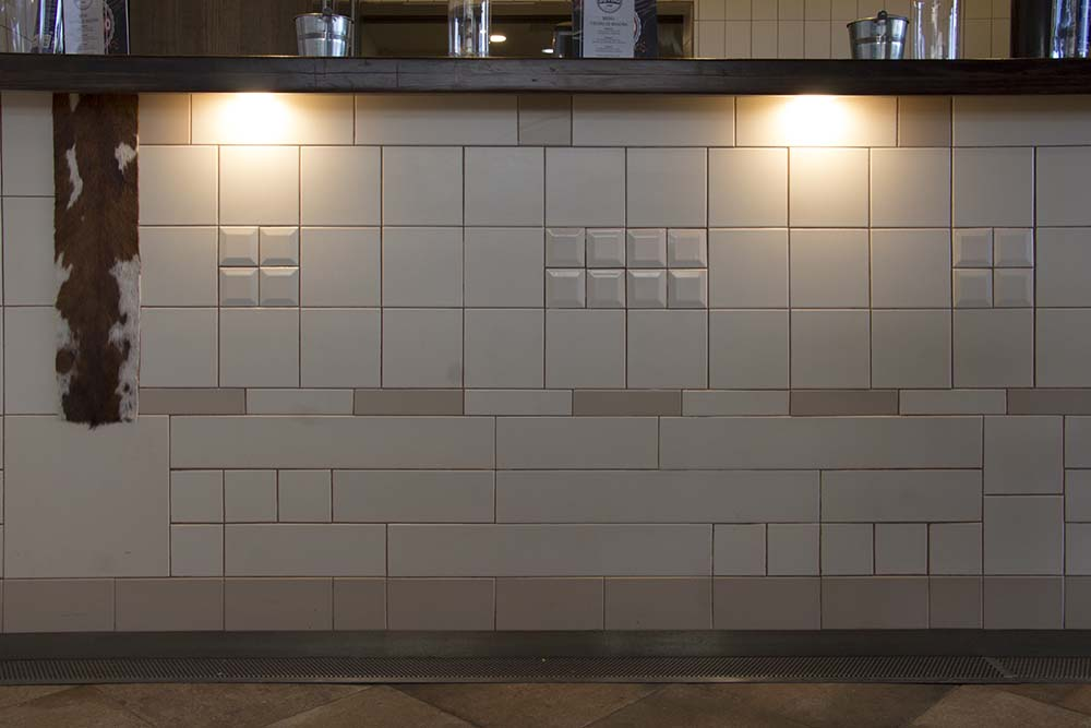 Vista barra pachwork 04 restaurante BOVINO GIJON Da2 Arquitectura