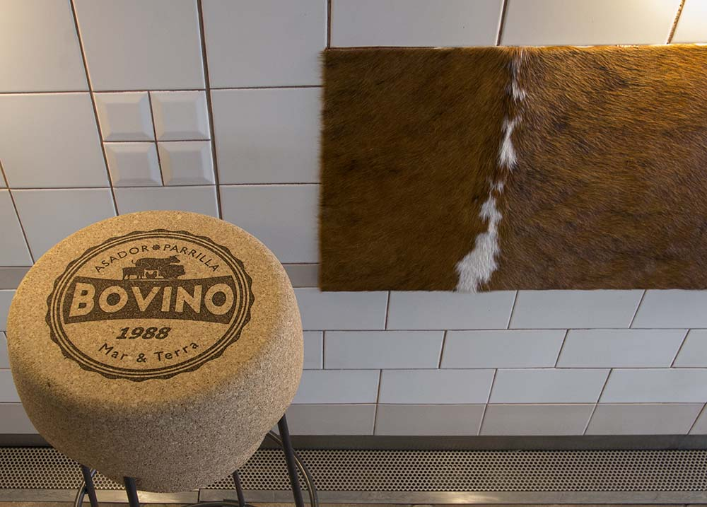 Vista barra pachwork 05 restaurante BOVINO GIJON Da2 Arquitectura