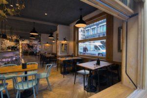Diseño y decoracion restaurante OLA! TAPAS Vista desde la calle
