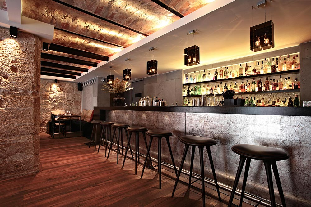 materiales para barras de bar modernos