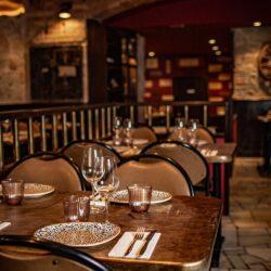 restaurante Bistrot Bilou wine bar vinilo mesas