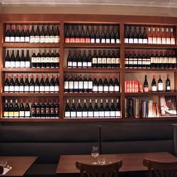 Expositor de vinos DA2-Arquitectura