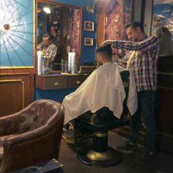 Diseño y Decoracion speakeasy bar Bobbys free Barcelona Barbero