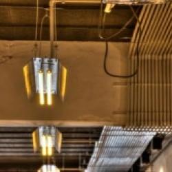 Iluminacion bares Diseño y Decoración Bar Cervecería fabrica Garage Beer