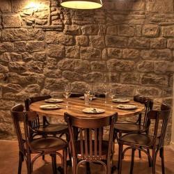 Diseño-y-decoracion-restaurante-Bodega-La-PuntualDETALLE-MESA-001