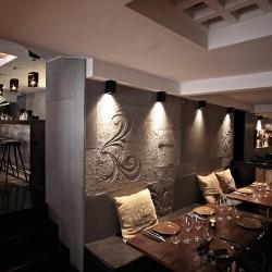 Utilizamos diferentes paneles de hormigón, Lisos, con texturas así como también con bajo relieve