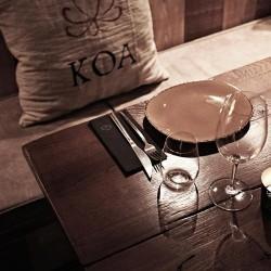 Diseño y decoración restaurante moderno KOA detalle mobiliario