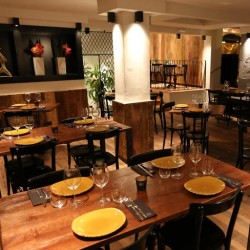 decoración restaurante KOA salón inferior 03