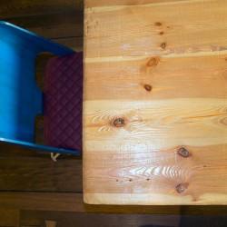 La mesa se puede dividir en dos partes