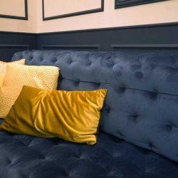Diseño y Decoracion bar Talisman detalle sofa capitone