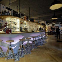 Diseño y decoracion restaurante OLA! TAPAS Barra barcelona