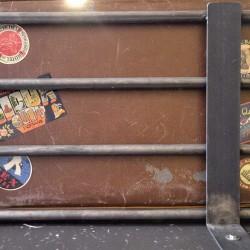 Food truck Burger bus detalle maletero.jpg